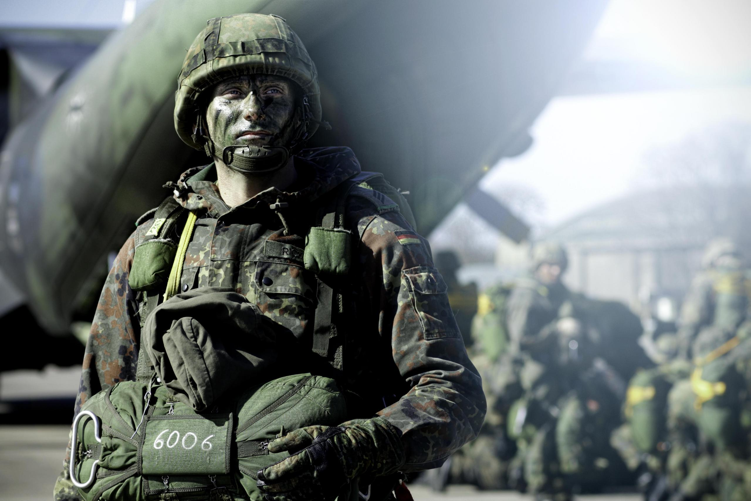Ready for duty. German paratrooper, 2012.